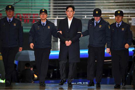 Pho Chu tich Tap doan Samsung bi de nghi muc an 12 nam tu giam - Anh 1