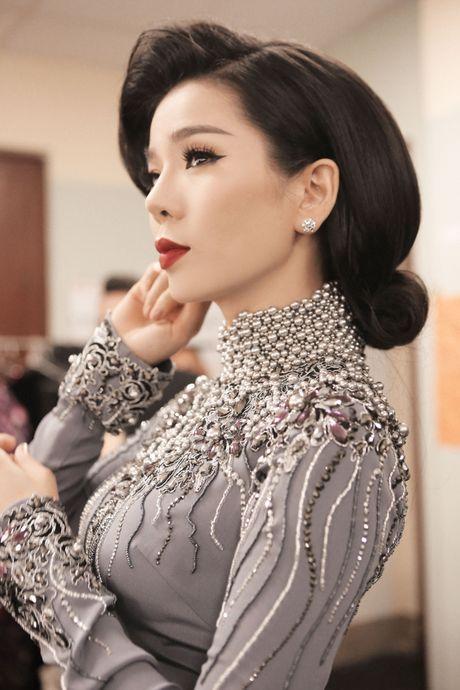 Hau truong chua ke trong liveshow Bolero cua Dam Vinh Hung - Anh 15