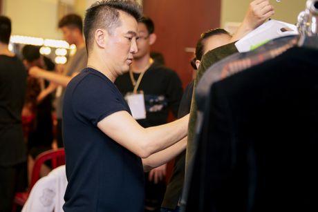 Hau truong chua ke trong liveshow Bolero cua Dam Vinh Hung - Anh 3