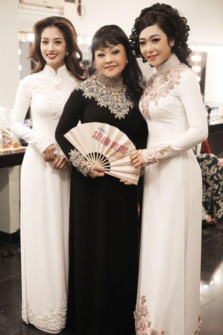 Hau truong chua ke trong liveshow Bolero cua Dam Vinh Hung - Anh 6