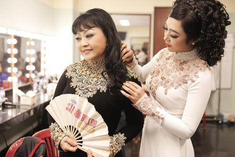 Hau truong chua ke trong liveshow Bolero cua Dam Vinh Hung - Anh 7