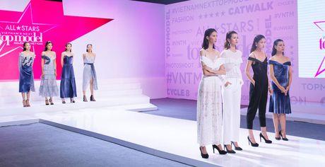 Sieu mau da phong cach nhat Vietnam's next top model 2017 bi loai - Anh 3
