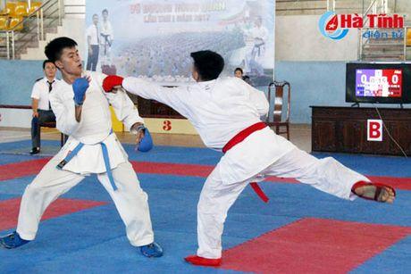 CLB Karatedo Trung tam TDTT Ha Tinh gianh giai Nhat toan doan - Anh 5
