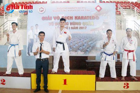 CLB Karatedo Trung tam TDTT Ha Tinh gianh giai Nhat toan doan - Anh 7