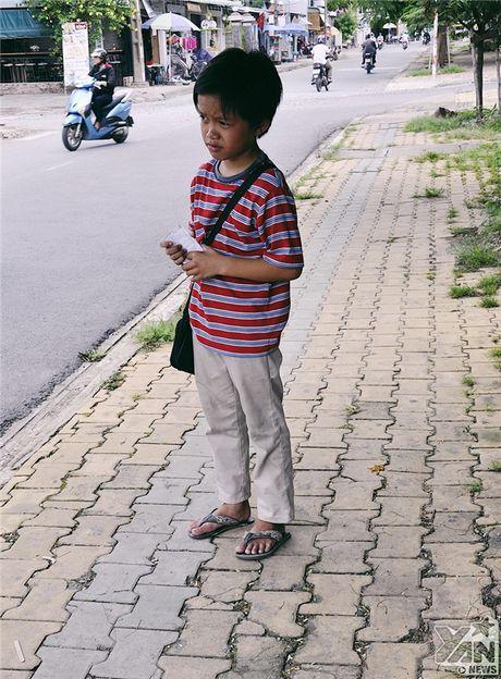'Ky nghi he' nang triu cua dua tre ban ve so tren he pho Sai Gon - Anh 3