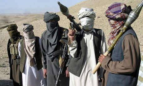IS, Taliban tham sat hang chuc nguoi o Afghanistan - Anh 1