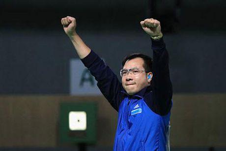 Xa thu Hoang Xuan Vinh va muc tieu 2 HCV SEA Games 29 - Anh 1