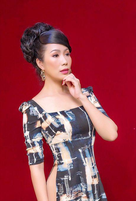 Trinh Kim Chi dem Bolero va Sai Gon xua vao kich 'Hon nu mo hoang' - Anh 2