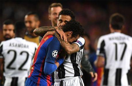Dani Alves: 'Neymar moi la nguoi khuyen toi toi PSG' - Anh 1