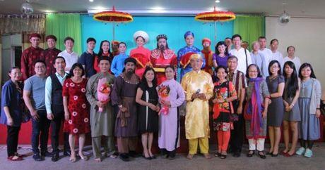 Dien gia Ho Nhut Quang ke chuyen 'Chu hieu xua va nay' - Anh 1