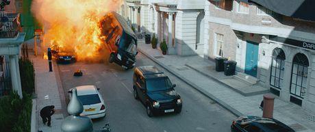 Samuel L. Jackson tham gia 'Ve Si Sat Thu' vi Ryan Reynolds - Anh 4