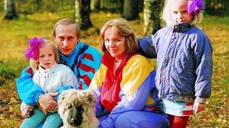 Nhung buc anh 'sieu hiem' ve Tong thong Putin vua duoc tiet lo - Anh 1