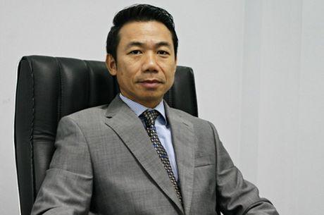 Pho Tong giam doc VPBank 'gay sot' voi man nhay hien dai - Anh 2