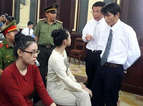 Hoa hau Phuong Nga chua nhan duoc thong tin tam dinh chi dieu tra - Anh 1