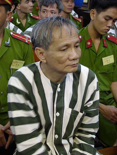 'Bong hong' da di qua trong cuoc doi ong trum Nam Cam (Phan 2) - Anh 3
