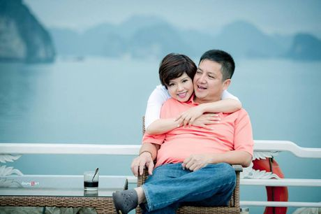 Nghe si Chi Trung dan hat ngot ngao do danh vi lam vo gian gay sot - Anh 2