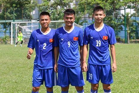 Cau thu tre cua PVF roi U18 Viet Nam vi chan thuong - Anh 2