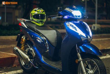 Xe ga Honda SH300i gia 248 trieu do khung tai Sai Gon - Anh 2