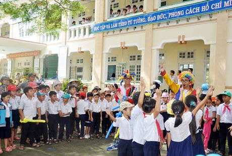 Quang Nam: Ban giao nhieu cong trinh truong hoc moi - Anh 1