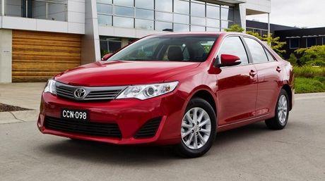 Toyota giam gia 'sap mat' thang 8, khuyen mai hon 100 trieu dong - Anh 2