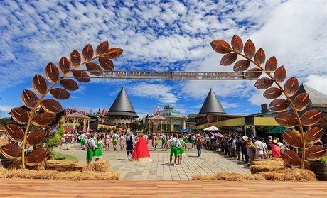 B'estival Sun World Ba Na Hills: Vui khong khoang cach - Anh 1