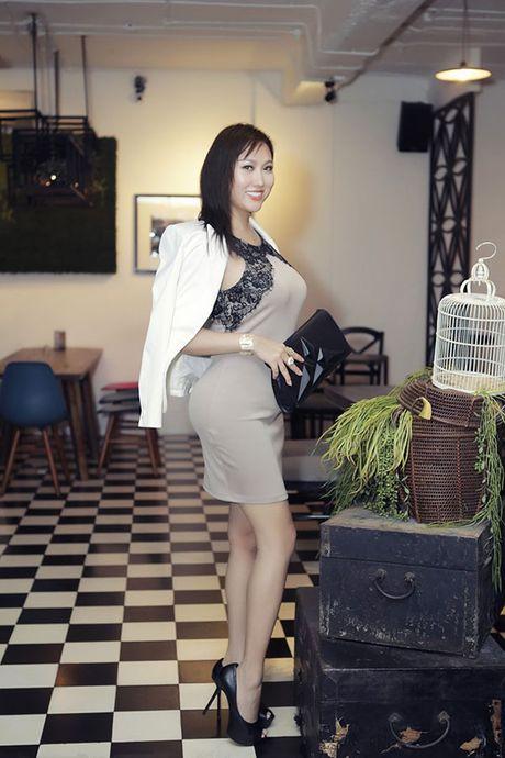 "Cong khai tien ""dap mat di xay lai"", Phi Thanh Van va Que Van da tinh toan ti mi? - Anh 3"