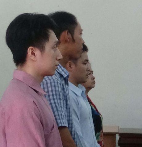 Lam bang tot nghiep gia ban kiem tien - Anh 1