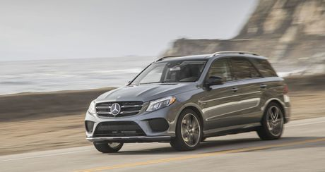 Mercedes-AMG GLE 43 2018 se manh va nhe hon, gia tu 67.750 USD - Anh 1