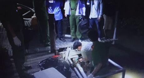 Xu phat Cong ty Huy Viet - Tay Do gan 1 ty dong do xa thai ra song Hau - Anh 1