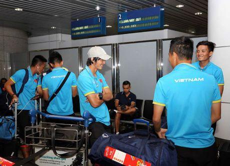 U23 Viet Nam gay sot: 500 anh em phong vien Malaysia 'bao vay' - Anh 3