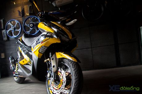 Chi tiet Yamaha NVX 155 vo dich cuoc thi 'Do NVX - Dan dau xu huong' - Anh 2