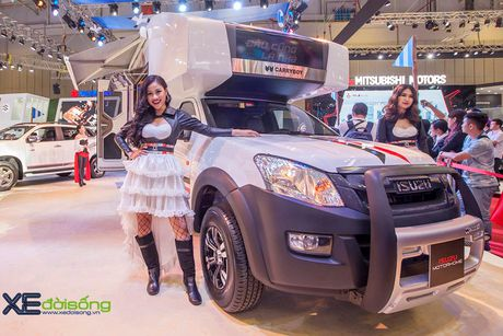 Nha di dong Isuzu MotorHome, ung dung vo bien cua pickup D-MAX - Anh 5