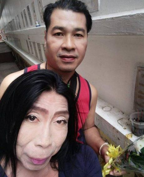 Hien tuong mang 'Thuc nu gia chat' ke ve cuoc doi day song gio cua minh - Anh 6