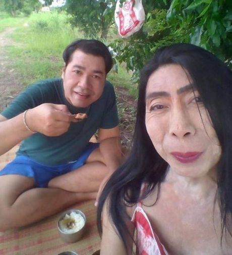 Hien tuong mang 'Thuc nu gia chat' ke ve cuoc doi day song gio cua minh - Anh 7