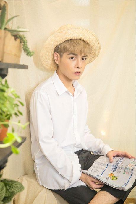 'Nam than' Duc Phuc lai hop hon fan voi bo anh moi cung goc nghieng than thanh - Anh 1