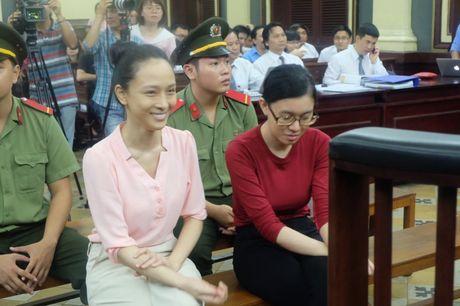 Tam dinh chi dieu tra vu hoa hau Phuong Nga - Anh 2