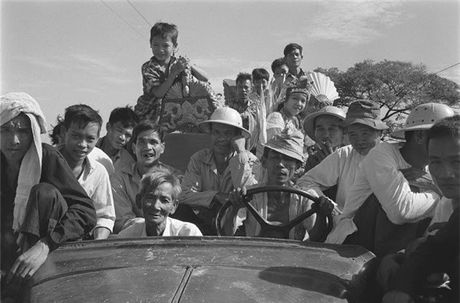 Sai Gon nam 1960 trong ong kinh nguoi Phap - Anh 6