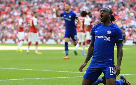 12 ngoi sao vang mat o vong 1 Premier League 2017/2018: MU co 3 nguoi - Anh 13