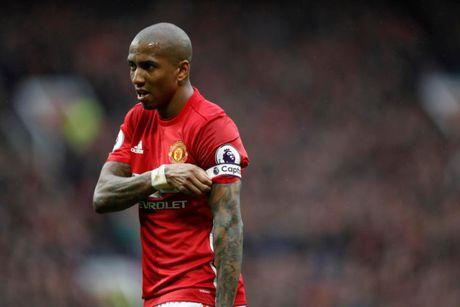 12 ngoi sao vang mat o vong 1 Premier League 2017/2018: MU co 3 nguoi - Anh 4