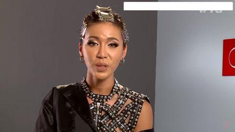 Minh Tu 'sua sai' cho Lan Khue va Hoang Thuy - Anh 1