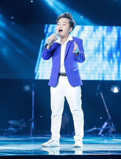 Be 11 tuoi hat ve tinh cha con gay xuc dong o The Voice Kids - Anh 1