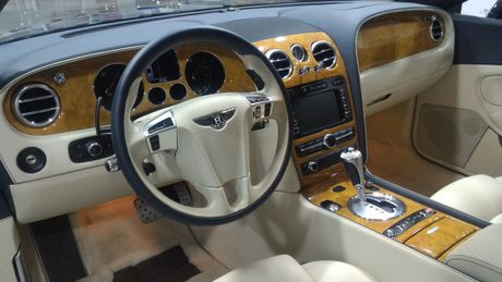 Bentley Continental GTZ 'hang hiem' duoc rao ban - Anh 6