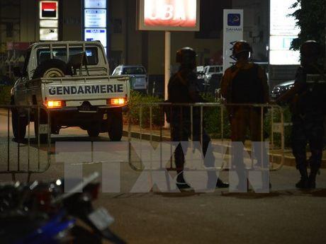Vu tan cong quan caphe tai Burkina Faso la 'mot vu khung bo' - Anh 1