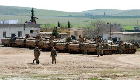Tho cat vien tro phien quan: Doc chieu ha nguoi Kurd - Anh 1