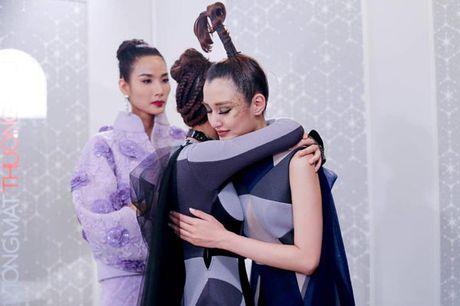 'Tam thu' cua Hoang Thuy gui Phuong Chi sau khi cai nhau o The Face - Anh 3