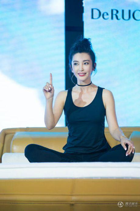 Ly Gia Han, Ly Bang Bang lo 'tuyet chieu' giu dang o tuoi ngap nghe 50 - Anh 2