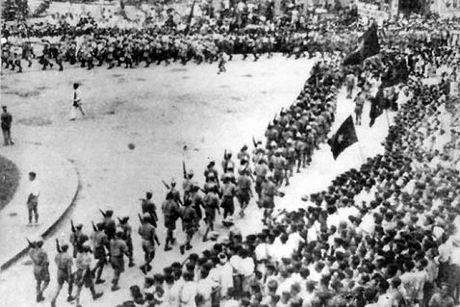 Nhung ngay thang Tam lich su nam 1945 - Anh 7