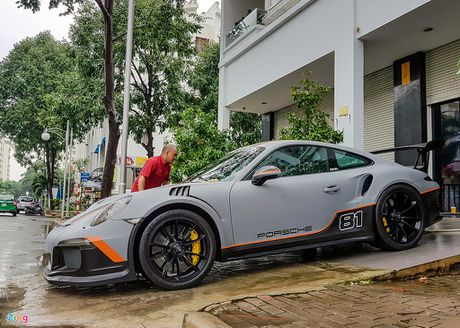 Quoc Cuong Gia Lai do Porsche 911 GT3 goi nho Car Passion - Anh 4
