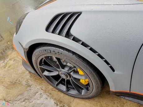 Quoc Cuong Gia Lai do Porsche 911 GT3 goi nho Car Passion - Anh 5