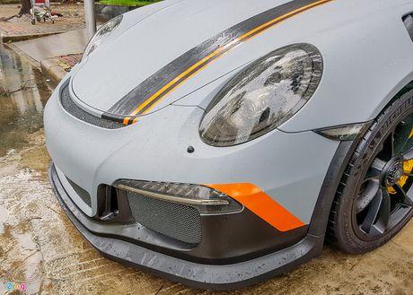 Quoc Cuong Gia Lai do Porsche 911 GT3 goi nho Car Passion - Anh 9